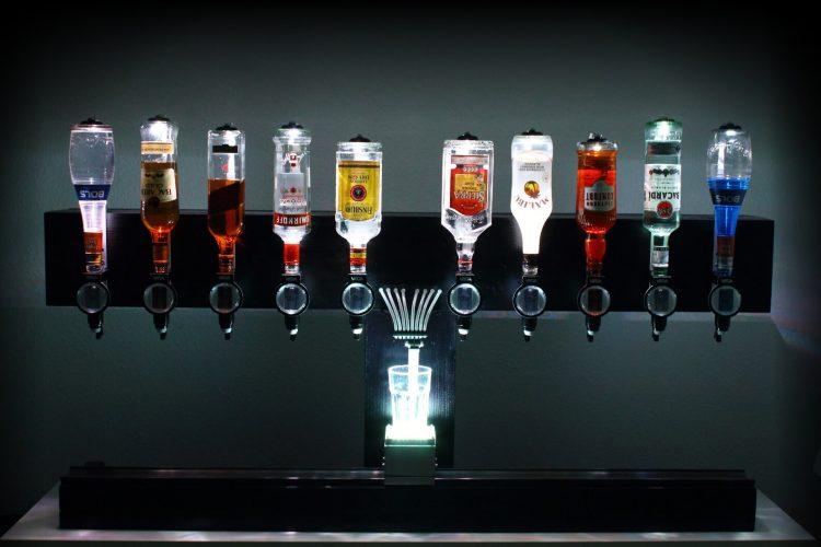 Der COCKTAILNATOR - Eine Cocktailmaschine für zuhause, Partys und Events